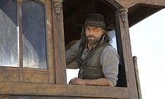 TV Shows. Cullen Bohannon (actor Anson Mount) is at Salt Lake City now. He is looking for his family and he has started to work for the Central Pacific Railroad (CPRR). Central Pacific Railroad, Anson Mount, Hell On Wheels, Season Premiere, Blood Moon, Period Dramas, Best Shows Ever, Photos, Pictures