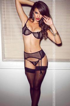 Sofisticato, sensualissimo Reggiseno in rete semi aperto con criss-cross in satin e pizzo by Besame Luxury lingerie   lingeriedimoda.com