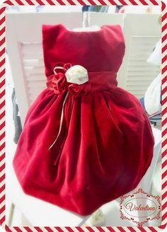 Βελούδο κόκκινο φορεματάκι με κόκκινή ζώνη και λουλούδια σε κόκκινο και εκρού χρώμα!!! Christmas, Xmas, Weihnachten, Navidad, Yule, Noel, Kerst