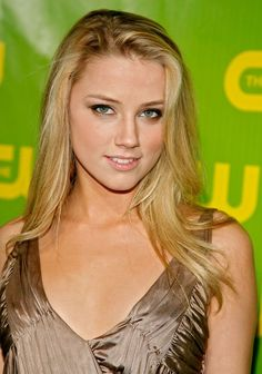 Amber Heard Photos - Actress Amber Heard arrives for the CW Network Winter TCA Party at the Ritz-Carlton Huntington Hotel on January 2007 in Pasadena, California. Amber Heard Photos, Amber Heart, Indian Girls, Beauty Women, Beauty Girls, Beautiful Celebrities, Hollywood Actresses, Girl Pictures, Cute Girls