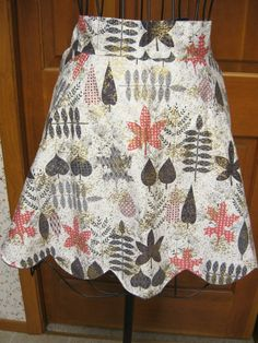 Vintage Reversible Half Apron Leaves Fall Thanksgiving Retro Print
