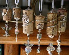 3 DIY Weinflasche Handwerk – Schmuck und Make-up Veranstalter 3 DIY wine bottle craft – jewelry and makeup organizer Wine Craft, Wine Cork Crafts, Wine Bottle Crafts, Crafts With Corks, Stick Crafts, Wood Crafts, Reuse Wine Bottles, Wine Bottle Corks, Glass Bottles