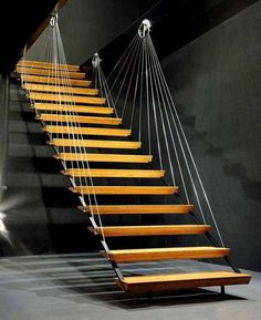 escalier flottant et garde corps avec cordage en fil de fer