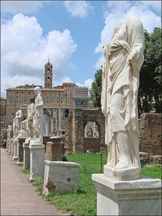 The House of the Vestals (Forum Romain)