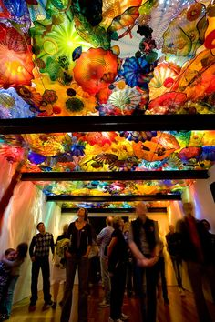 'Persian Ceiling' by Dale Chihuly. 15 X 'Chihuly at the de Young', de Young Museum, June 14 –September Dale Chihuly, Instalation Art, Glass Installation, Glass Museum, Expositions, Glass Garden, Museum Of Fine Arts, Through The Looking Glass, Hand Blown Glass