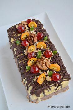 Inghetata casata cu ciocolata nuca si fructe confiate Savori Urbane (3) Peruvian Recipes, Parfait, Cake Recipes, Frozen, Cooking Recipes, Sorbet, Ice Cream, Kiwi, Cheese
