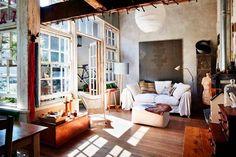 Nina's house : Offspring : Keltainen talo rannalla: Rustiikkia, väriä ja huonekaluja