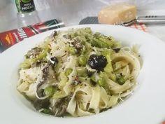 Hellena  ...din bucataria mea...: Paste (tagliatele) cu legume si ciuperci - la gram... Cata, Macaroni And Cheese, Cabbage, Spaghetti, Chicken, Vegetables, Ethnic Recipes, Pizza, Food