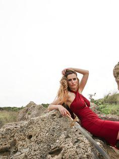 Vanderwilde. Asilah Dress into the rocks
