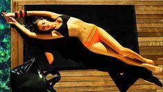 Irina Shayk is a talented artist and very popular among fans. Irina Shayk photo gallery with amazing pictures and wallpapers collection. Irina Shayk Photos, Bikini Beach, Bikini Set, Bikini Bottoms, Beach Bum, Summer Beach, Irina Sheyk, Instyle Fashion, Striped Bikini