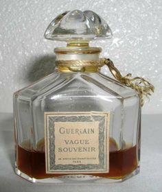 RARE Vintage Guerlain VAGUE SOUVENIR Quadrilobe Flacon