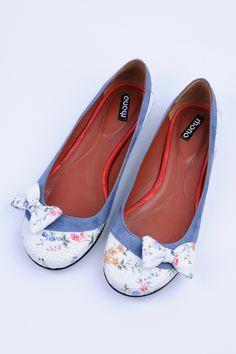 http://www.myfashionizer.ro/rochii-elegante/magazin-online/incaltaminte-dama/balerini-dama-piele-naturala-cu-model
