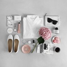 White and pink flatlay Photo Pour Instagram, Instagram Life, Perez Garcia, Flat Lay Inspiration, Design Inspiration, Flat Lay Photos, Estilo Blogger, Flat Lay Photography, Flatlay Styling