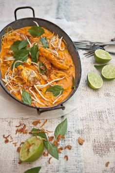 Pete Evans - Easy barbecued salmon curry, Amiee's quick laksa and Indian-spiced barbecue fish in banana leaves Coconut Recipes, Paleo Recipes, Whole Food Recipes, Cooking Recipes, Paleo Meals, Paleo Food, Savoury Recipes, Chef Recipes, Healthy Meals