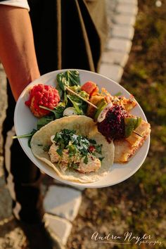 DOOR COUNTY WEDDINGS THIS WEEK ~ A plate of many colors and tastes by Mojo Rosa's catering and Andrea Naylor Photography.