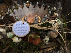 Eine Krone für den Frühling - Tischkranz von FRIJDA im Garten - Aus einer Idee wurde Leidenschaft auf DaWanda.com