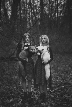 Rosalind and Pippa Avery, a pair of sisters who could communicate with and control animals, much like Jacob and hollows.