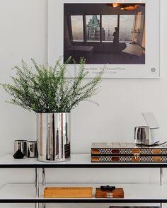PIPERSGATAN 26 | Ljuvlig sekelskiftes 4:a med bevarade detaljer och två entréer | #innerstadsspecialisten #scandinavianhomes #sthlmrealestate #forsale #sekelskifteslägenhet #sekelskifte #tillsalu #hemnet #visning #lägenhet #homeinspo #instahome #inredning #interior #interiør #realestate #mäklare #stockholm by innerstadsspecialisten