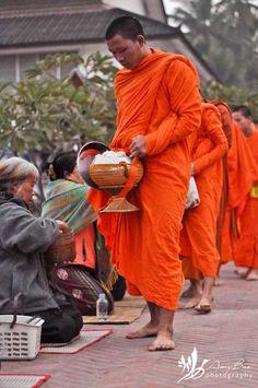 Morning alms in Luang Prabang, Cambodia. Take Me To Church, Buddhist Monk, Luang Prabang, Dalai Lama, Temples, Portrait Photographers, Laos, Buddha, Beautiful Places