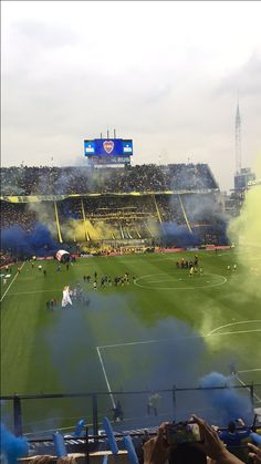 La Bombonera Boca Juniors vs River Plate Soccer Stadium, Fifa World Cup, Football Team, Messi, Sports, Lifestyle, Amor, Football Pics, Man's Hairstyle