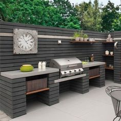 Outdoor kitchen ideas - Pavestone Paving-Manmade & Moodul-Black WALL C . - Outdoor kitchen ideas – Pavestone Paving-Manmade & Moodul-Black WALL C … - Small Backyard, Outdoor Kitchen Design, Outdoor Cooking Area, Kitchen Installation, Outdoor Kitchen, Patio Design, New Homes, Black Walls, Outdoor Furniture Sets