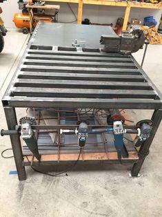 welding table plans or ideas Welding Bench, Welding Table Diy, Welding Cart, Welding Shop, Welding Jobs, Metal Welding, Welding Ideas, Cool Welding Projects, Shielded Metal Arc Welding