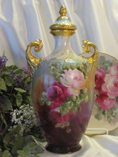 Absolutely Stunning Rare Beauty ~ Gorgeous Victorian Limoges France Covered Urn Vase Potpourri Jar Exceptional One-of-a-kind Hand Painted Ro...