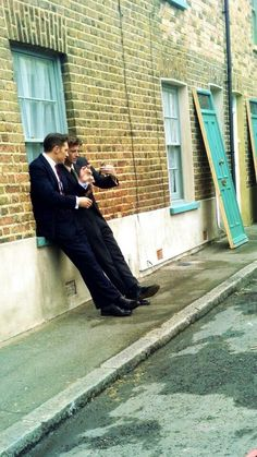 Tom and Paul Anderson having a break from filming