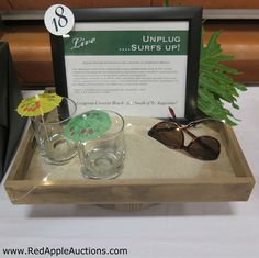 Display / prop for a beach trip. Fundraising Ideas, Fundraising Events, Raffle Baskets, Gift Baskets, Silent Auction Baskets, Charity Ideas, Wine Auctions, Future School, Raffle Prizes