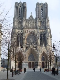 Cathedral Notre-Dame de Reims North East of France. Reims Cathedral, Cathedral Church, Gothic Cathedral, Cathedral Architecture, Gothic Architecture, Gothic Buildings, Beautiful Buildings, Beautiful Places, Belle France