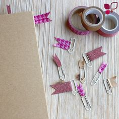 Can& find your way around in your college notebook or notebook? With our DIY washitape paper clip idea, this is no longer the case! Tumblr School Supplies, Diy School Supplies, Diy Tumblr, College Notebook, Cinta Washi, Diy 2019, Back To School Hacks, High School, Paper Clip