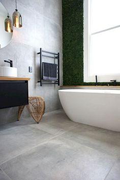 Badezimmer Modern Einrichten Graue Fliesen Weisse Badmobel Grifflos