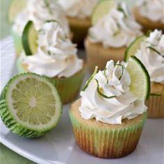 Margarita Cupcakes with Tequila-Lime Buttercream. A fun dessert for Cinco de Mayo! Margarita Cupcakes, Yummy Cupcakes, Lime Cupcakes, Fluffy Cupcakes, Fruit Cupcakes, Coconut Cupcakes, Cupcake Recipes, Cupcake Cakes, Desert Recipes