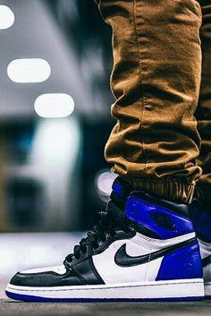 02bf8fb821f5 Fragment Design x Air Jordan 1. Popular SneakersLatest SneakersCustom  JordansMan ShoesShoe ...
