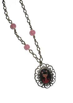 Handmade pendant filled with personal illustration $19 Colgante hecho a mano con ilustración propia 14€