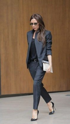 Victoria Beckham business chic in a perfectly tailored navy suit #StreetStyle