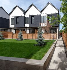 Mount Pleasant 8 is a small residential building designed by Gravity Architecture for Calgary's Mount Pleasant neighbourhood. Brick Facade, Facade House, Architecture Details, Modern Architecture, Villas, Townhouse Designs, Modern Townhouse, Small House Design, Duplex House Design