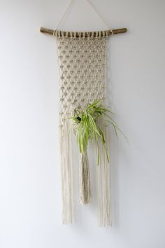 Handmade macrame wall hanging made with twisted cotton rope. This wall hanging adds a great boho touch to your decor. Bring the urban jungle to your home, cabin or office! ♥ D I M E N S I O N S ♥ This macrame wall hangings measures: ♥ Knotted wall hanging - 82 cm (32) in length