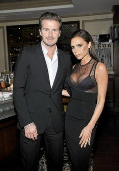 Pin for Later: Diese Promis lassen uns noch an die ewige Liebe glauben David und Victoria Beckham David und Victoria kennen sich bereits seit 1997. Außerdem sind sie seit 1999 miteinander verheiratet.