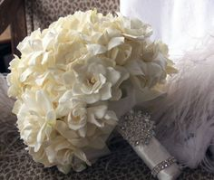 Gardenia and rose bouquet. LOVE the all white, especially for a winter wedding. and most of all gardenias Gardenia Wedding Bouquets, Gardenia Bouquet, Bride Bouquets, Bridal Flowers, Rose Bouquet, Hydrangea Bouquet, Gardenias, Our Wedding, Dream Wedding