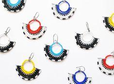 1 pair African seed bead earrings Kenyan design - Fair ...