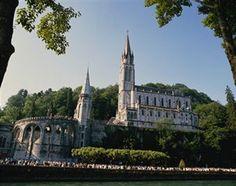 France, Hautes Pyrenees, Lourdes, Our Lady of Lourdes Basilica