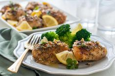 This Easy Baked Lemon Chicken recipe is . Made with fresh lemons, herbs and garlic, it will have you dreaming of the sun-drenched Mediterranean. Easy Baked Lemon Chicken Recipe, Baked Chicken Breast, Chicken Flavors, Chicken Recipes, Fish Recipes Jamaican, King Fish Recipe, Pork Roast Recipes, Quick Weeknight Meals, Breast Recipe