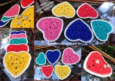 Bases Corações Coloridos em Trapilho