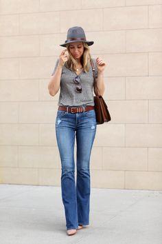 jeans, palid rose heels, gray t-shirt, fedora