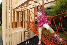 Children's Playhouse 'sam + Pam' / Office Of Mcfarlane Biggar Architects…