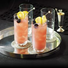 Sparkling Blackberry Lemonade with blackberries & lemon slices Summertime Drinks, Summer Drinks, Authentic Italian Ice Recipe, Blackberry Syrup, My Bar, Vodka Cocktails, Recipe Details, Lactose Free, Food Lists