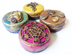 Specials. 4 Darling Tins Small Rapé Snuff Weed Tin. Container