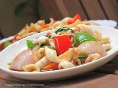 Stir fried black pepper squid