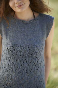Ravelry: Talland Tee pattern by Sonja Bargielowska Sweater Knitting Patterns, Lace Knitting, Summer Knitting, Lace Patterns, Knitting Books, Knit Crochet, Free Pattern, Ravelry, Beautiful Models